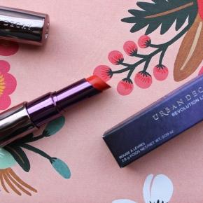 UD Revolution Lipstick inBang