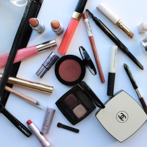 What's In My Summer Make-up Bag . . .