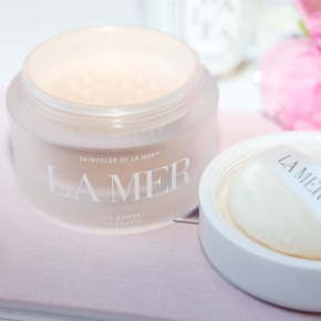 La Mer The Powder in 03 Biege